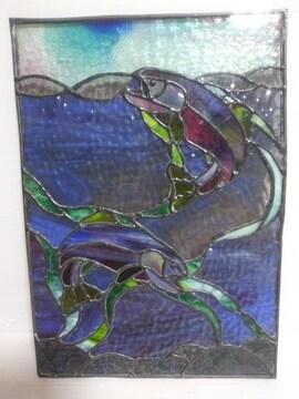 ステンドグラス波にイルカの図