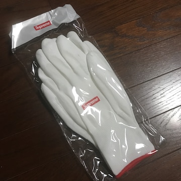 2020AW新品 シュプリームsupreme手袋ノベルティー