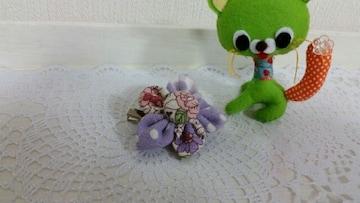 ハンドメイド*ブローチ*ピン*YUWA小花柄 紫系