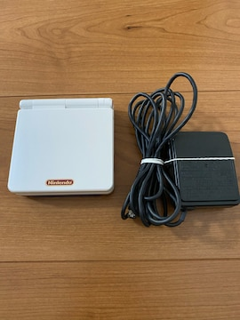GBアドバンスSP 本体 充電器付き ファミコンカラー 中古品